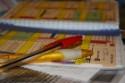 Terminkalender und Stifte